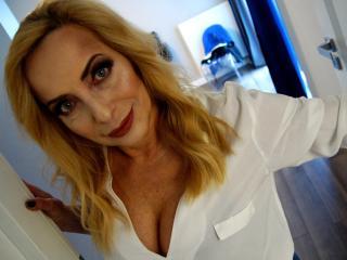 FlexibleMARGOT tits webcam