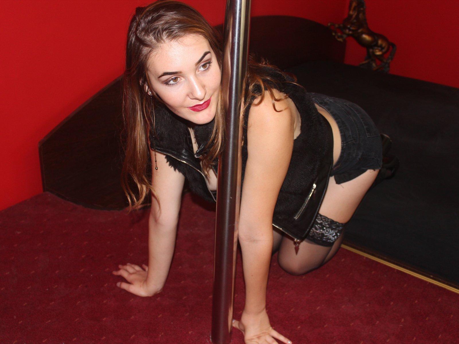 Μαύρο κορίτσι γυμνό εικόνες