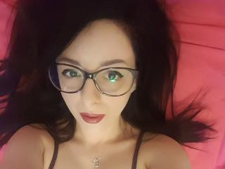 MissyLoreen - Live chat hot with this vigorous body College hotties